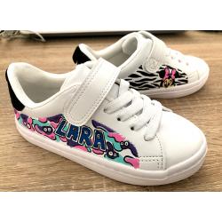 Sneakers customisées pour...